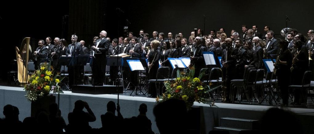 La Civica Filarmonica di Lugano e Franco Cesarini durante l'esecuzione del concerto dell'8 dicembre 2018 (Foto: Daniel Vass).