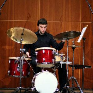Il percussionista Luciano Zampar