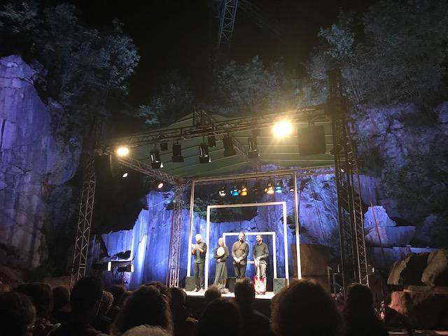 """Festival della narrazione di Arzo - """"Metamorfosi. Indistinto racconto da Ovidio"""", applauso finale"""