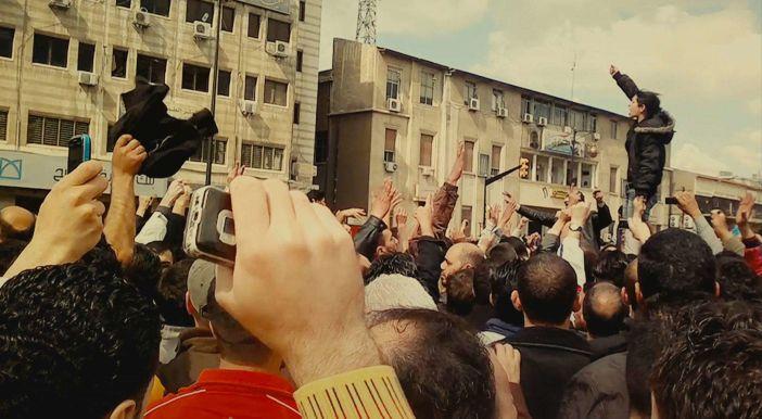 """Locarno Film Festival - Una scena dal film """"Fi_al-thawra"""""""