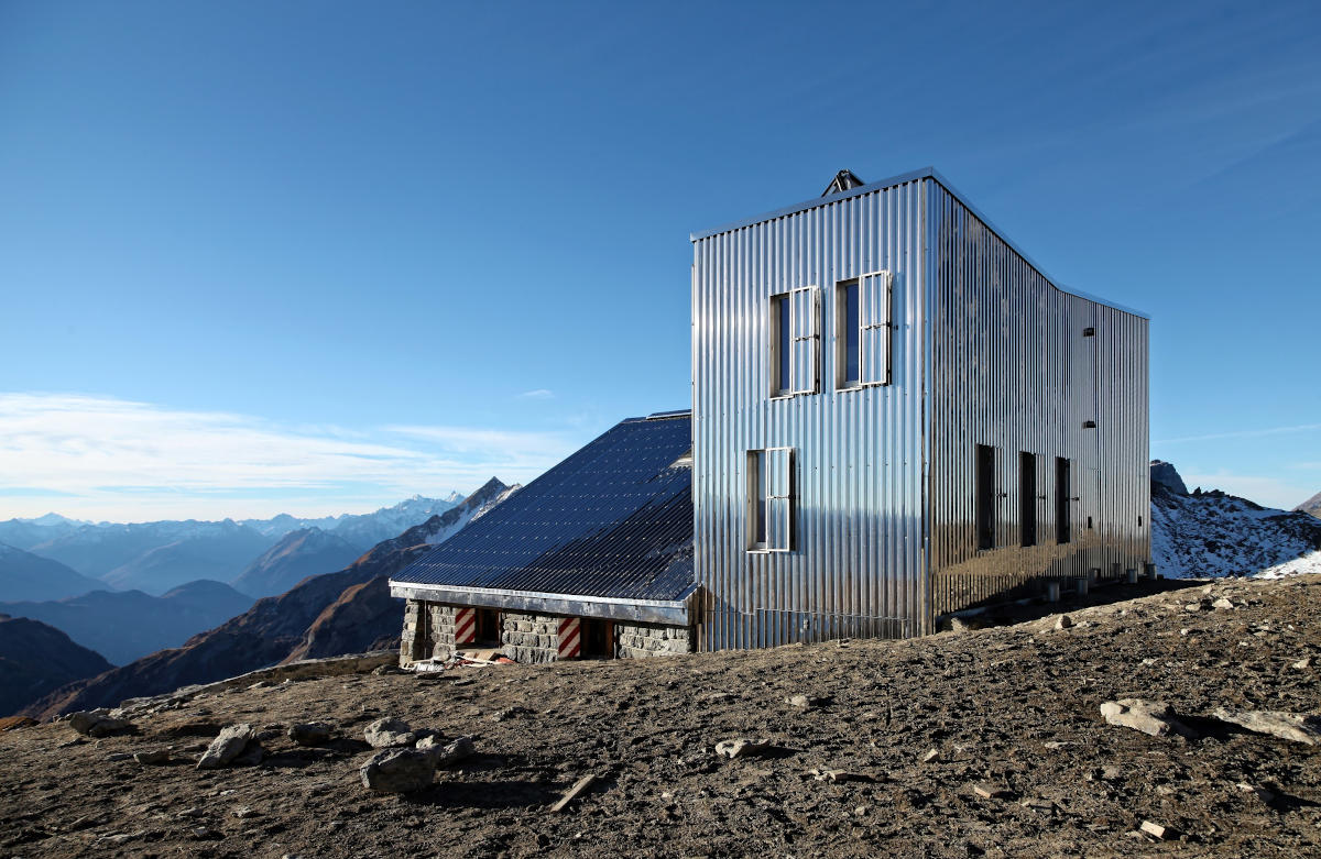 Constructive Alps - Capanna Rambert