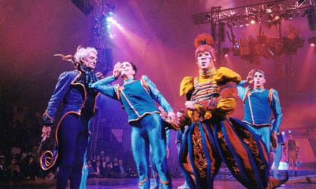 """Cirque du Soleil - Finale dello spettacolo """"Nouvelle Expérience"""" del 1993"""