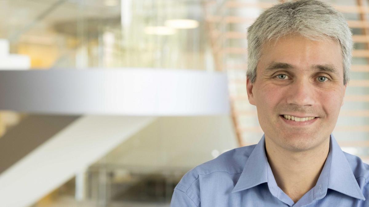 Il prof. Davide Robbiani