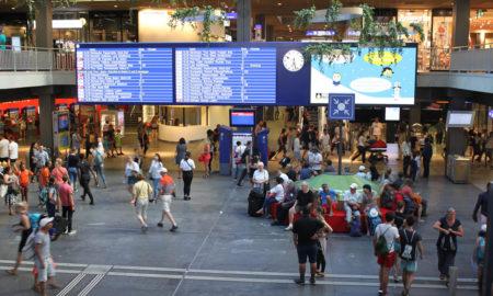 Hall principale della stazione FFS di Berna