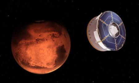 La sonda Perseverance durante il volo verso Marte